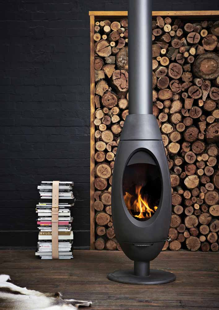 Invicta Ove Fireplace